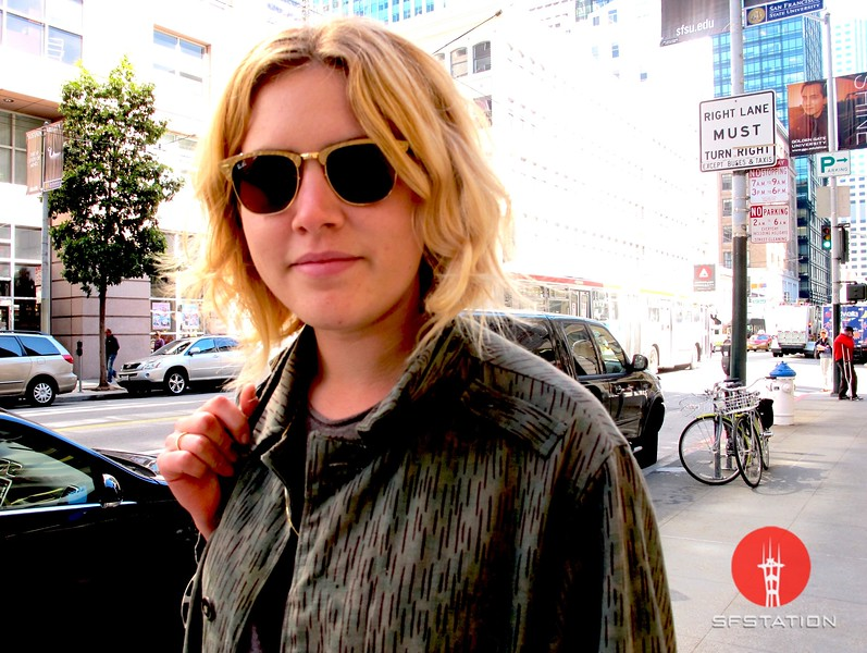 Photo by Lily Ko<br /> <br /> In This Scene: Freelance writer, Jenny Mulder, in an amazing pair of Ray Ban sunnies. I've never seen this pair before! She nicked them off her boyfriend, who got them for free at Cochella. Apparently Ray Ban had a truck backstage and were giving out free sunglasses to the performers at Cochella. Very cool.