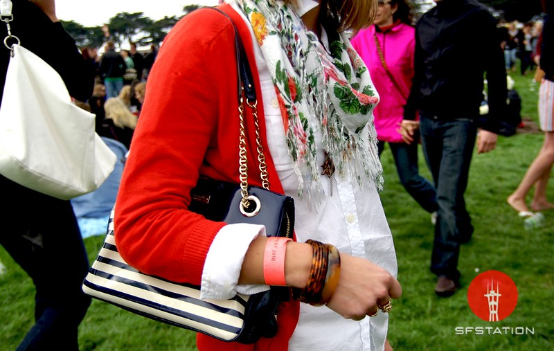Photo by Lily Ko <br /> <br /> In This Scene: Meagan Herfkens accessorized a simple outfit with a nice mix of prints. She's sporting a striped Kate Spade bag, a Forever 21 floral scarf and tortoise bangles.