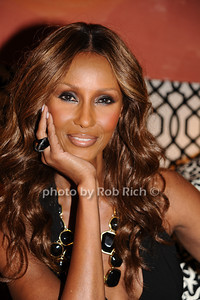 Iman photo by Rob Rich © 2010 robwayne1@aol.com 516-676-3939