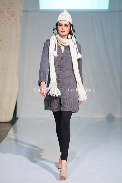 LouEPhoto Clothing Show Runway 9 24 11-3