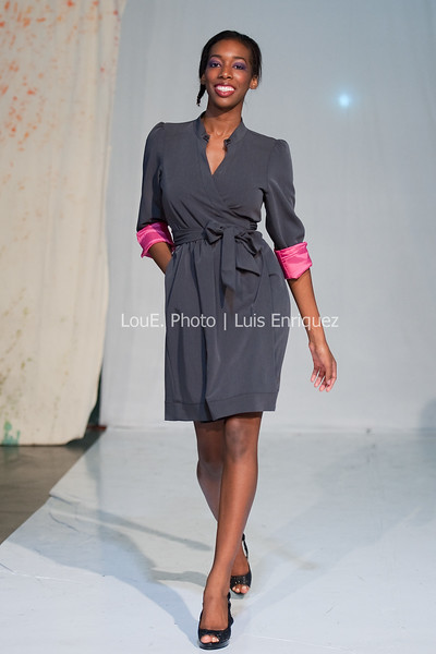 LouEPhoto Clothing Show 9 25 11-226