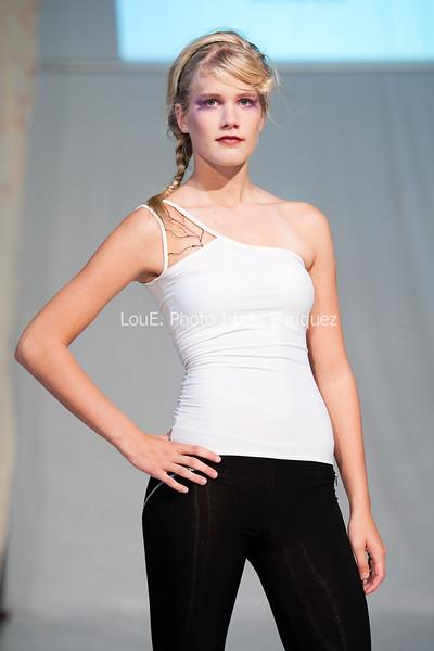 LouEPhoto Clothing Show 9 25 11-22