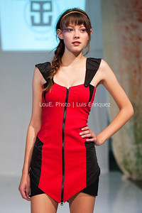 LouEPhoto Clothing Show 9 25 11-64