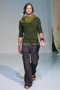 LouEPhoto Clothing Show 9 25 11-85