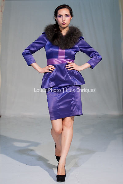 LouEPhoto Clothing Show 9 25 11-114