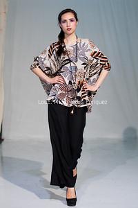 LouEPhoto Clothing Show 9 25 11-99