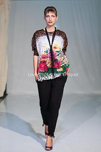 LouEPhoto Clothing Show 9 25 11-93