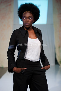 LouEPhoto Clothing Show 9 25 11-72