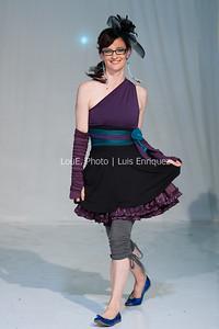 LouEPhoto Clothing Show 9 25 11-80