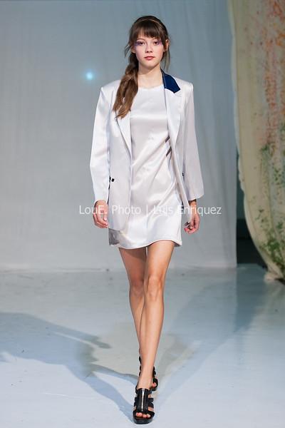 LouEPhoto Clothing Show 9 25 11-116