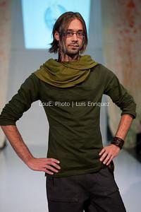 LouEPhoto Clothing Show 9 25 11-86