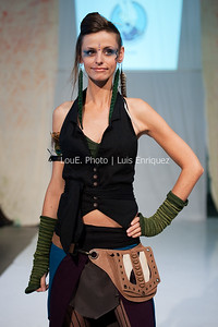LouEPhoto Clothing Show 9 25 11-78