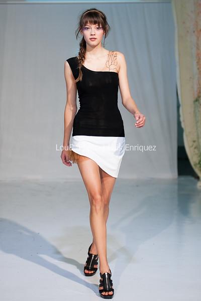 LouEPhoto Clothing Show 9 25 11-29