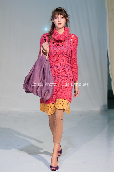 LouEPhoto Clothing Show 9 25 11-5
