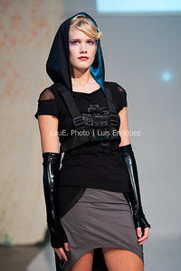 LouEPhoto Clothing Show 9 25 11-74