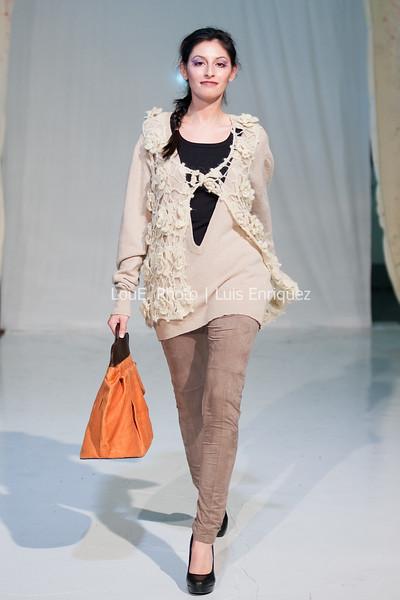 LouEPhoto Clothing Show 9 25 11-7