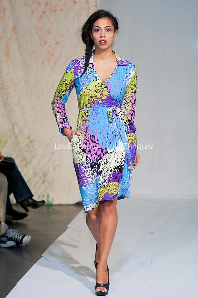 LouEPhoto Clothing Show 9 25 11-232