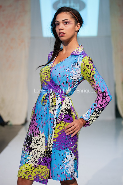 LouEPhoto Clothing Show 9 25 11-233
