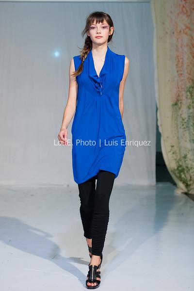 LouEPhoto Clothing Show 9 25 11-161