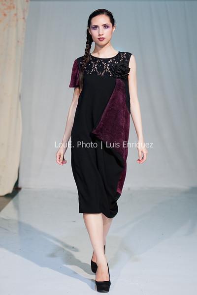 LouEPhoto Clothing Show 9 25 11-254