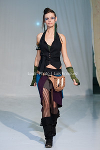 LouEPhoto Clothing Show 9 25 11-77