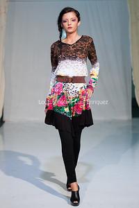 LouEPhoto Clothing Show 9 25 11-97