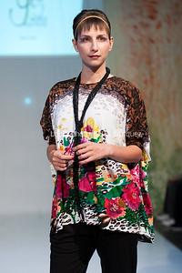 LouEPhoto Clothing Show 9 25 11-94