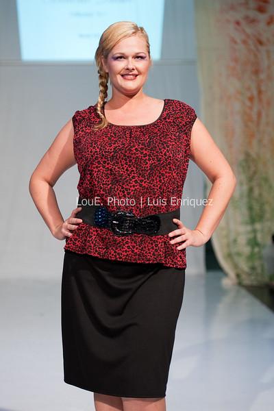 LouEPhoto Clothing Show 9 25 11-251