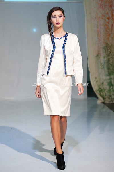 LouEPhoto Clothing Show 9 25 11-111