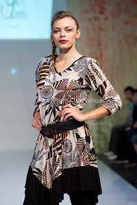 LouEPhoto Clothing Show 9 25 11-96