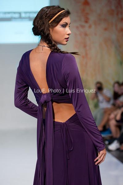 LouEPhoto Clothing Show 9 25 11-209