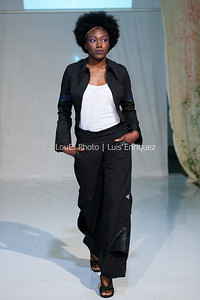 LouEPhoto Clothing Show 9 25 11-71