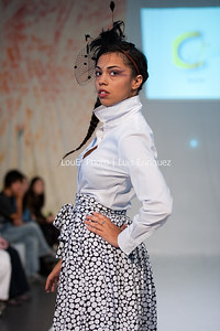 LouEPhoto Clothing Show 9 25 11-58
