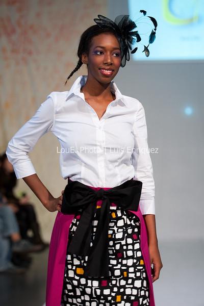 LouEPhoto Clothing Show 9 25 11-49