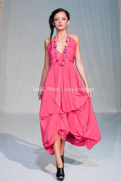 LouEPhoto Clothing Show 9 25 11-212