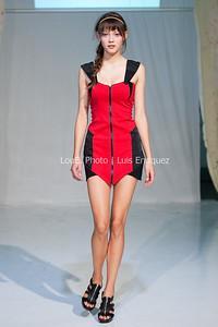 LouEPhoto Clothing Show 9 25 11-63