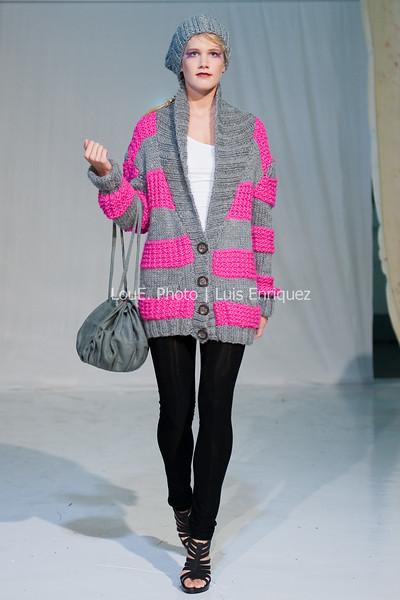 LouEPhoto Clothing Show 9 25 11-1