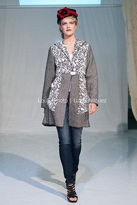 LouEPhoto Clothing Show 9 25 11-88