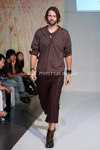 LouEPhoto Clothing Show 9 25 11-79