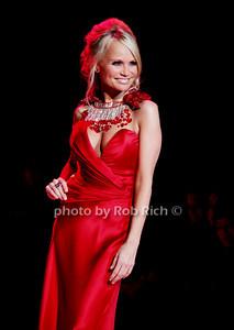 Kristin Chenoweth photo by Rob Rich © 2010 robwayne1@aol.com 516-676-3939