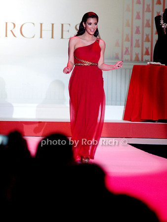 Kim Kardashian<br /> photo by Rob Rich © 2010 robwayne1@aol.com 516-676-3939