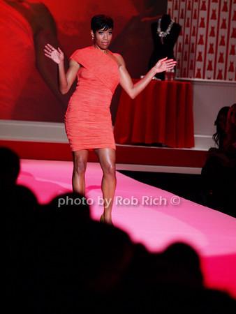 Regina King<br /> photo by Rob Rich © 2010 robwayne1@aol.com 516-676-3939