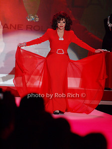 Joan Collins photo by Rob Rich © 2010 robwayne1@aol.com 516-676-3939