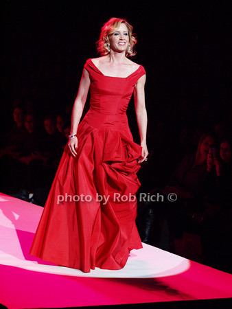 Felicity Huffman<br /> photo by Rob Rich © 2010 robwayne1@aol.com 516-676-3939