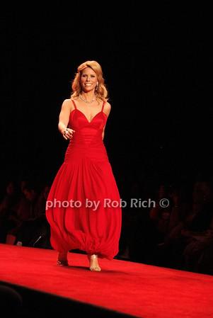 Cheryl Hines photo by Rob Rich © 2008 516-676-3939 robwayne1@aol.com