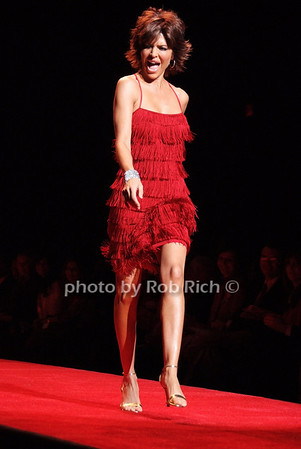 Lisa Reina photo by Rob Rich © 2008 516-676-3939 robwayne1@aol.com
