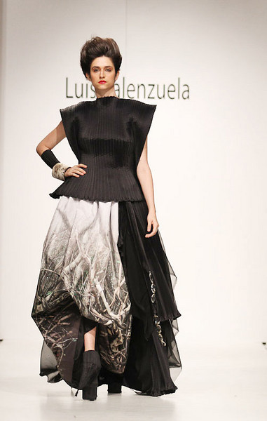Runway at Luis Valenzuela at the Green Shows 2010
