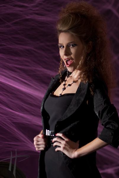 Vampire Fashion 9-16-09-101