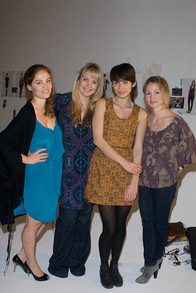 Sophia Coloma, Erika Christensen, Marissa Ribisi