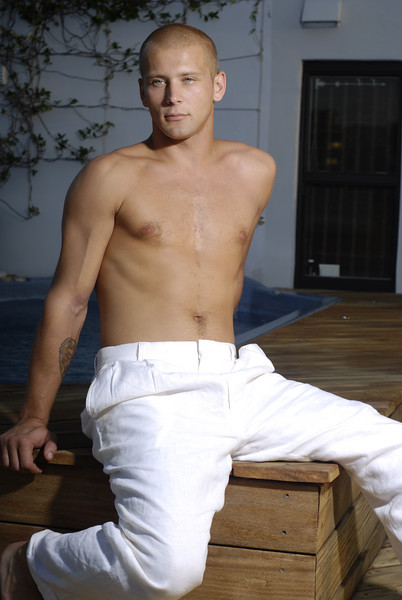 Josh Dragun in white pants (by Jon Gorr)